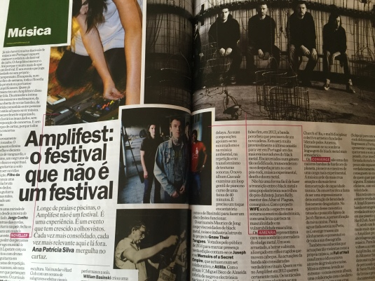 Time Out Porto - two preview pages